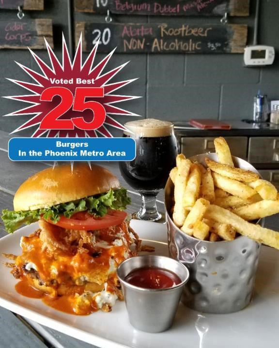 peoria-artisan-brewery-burger
